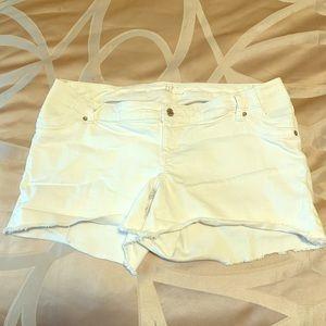 Gap Maternity Side Panel White Shorts Size 12